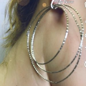 Triple hoop earring FREE WITH PURCHASE